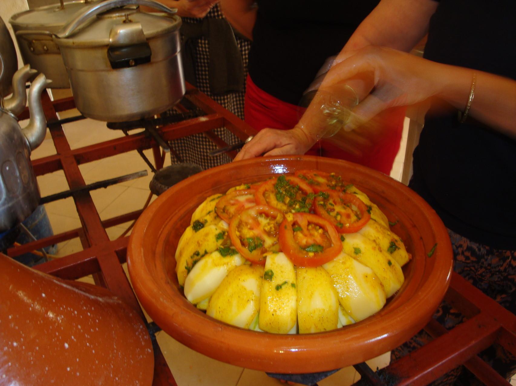 Monter le tahjin de légumes