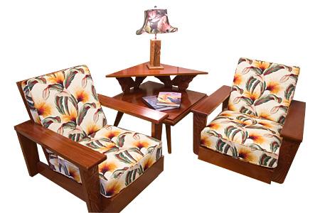Mahogany Core Style Corner Table