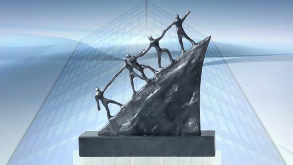 Geschenk zum Firmenjubiläum Skulptur Der Weg nach vorne