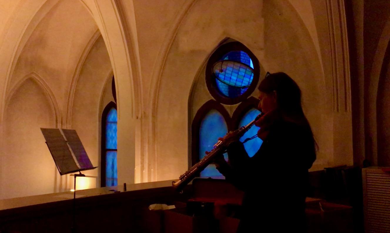 Saxophonmusik zu Weihnachten: Kirche, Hospiz & Nachbarschaft im Lockdown