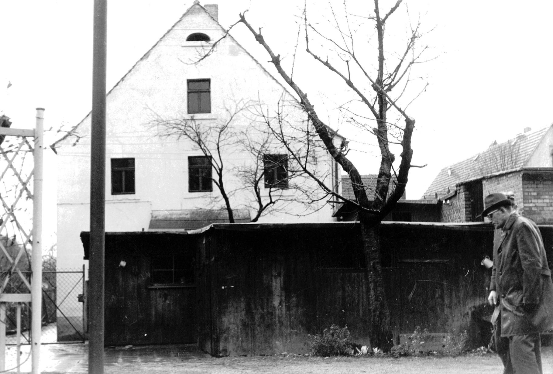 Zweiter Firmensitz in Zwickau-Weißenborn vor dem Umbau - ca. 1960