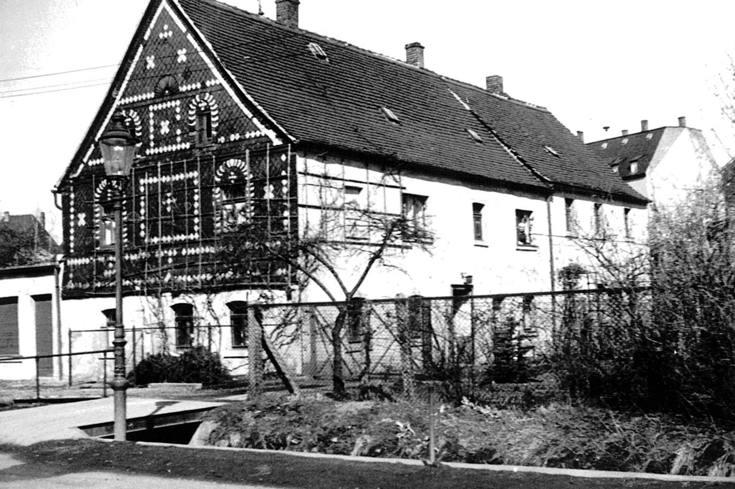 Zweiter Firmensitz in Zwickau-Weißenborn vor dem Umbau - ca.1960