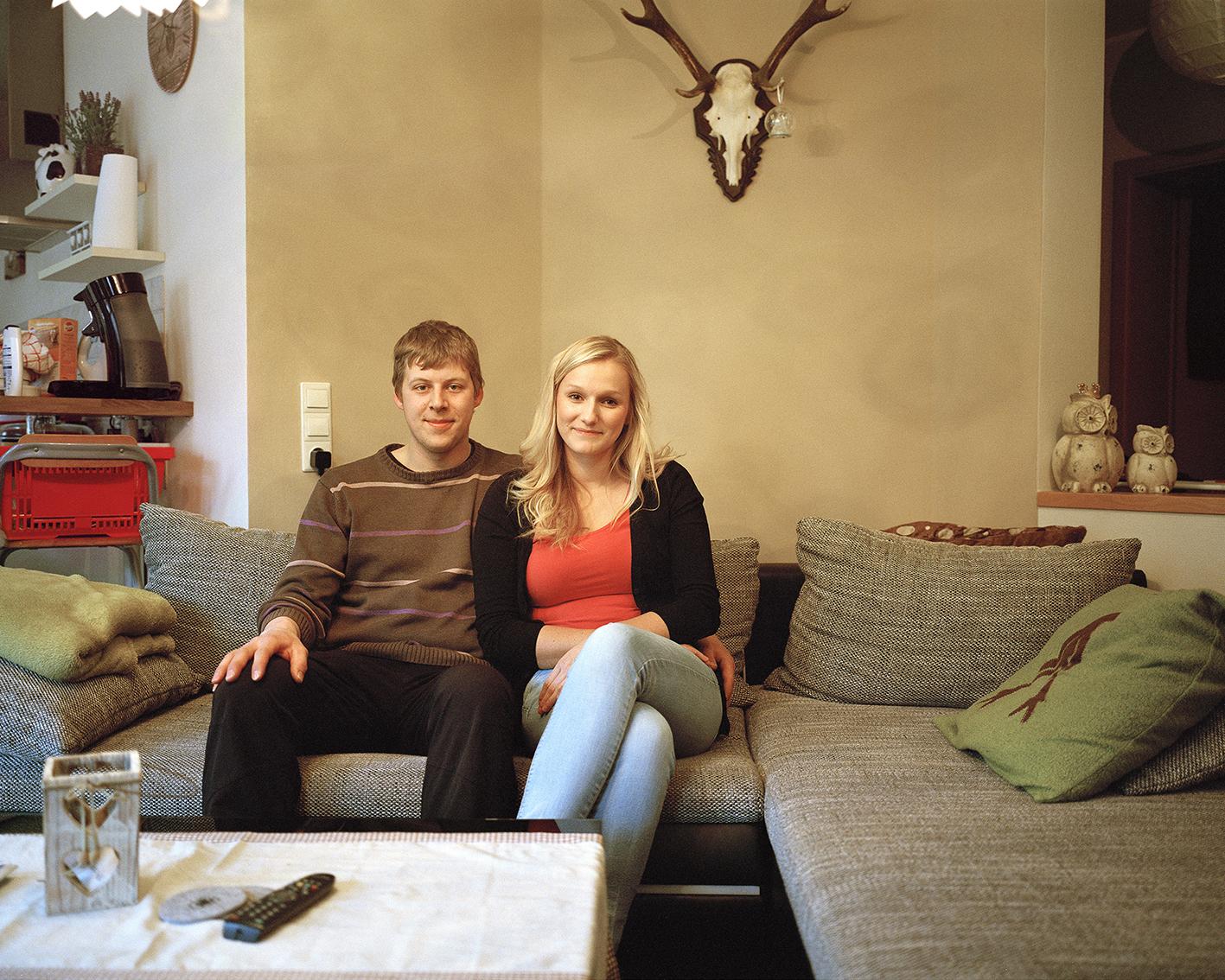 """Portrait Robin Hoffmann und Katharina Stamm (Schützenpaar 2014), aus der Serie """"Bruchhausen"""""""