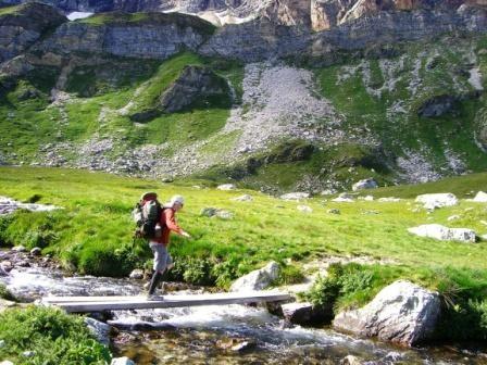 Vanoise : ruisseau vers les lacs des Lozières - AU BOUT DES PIEDS