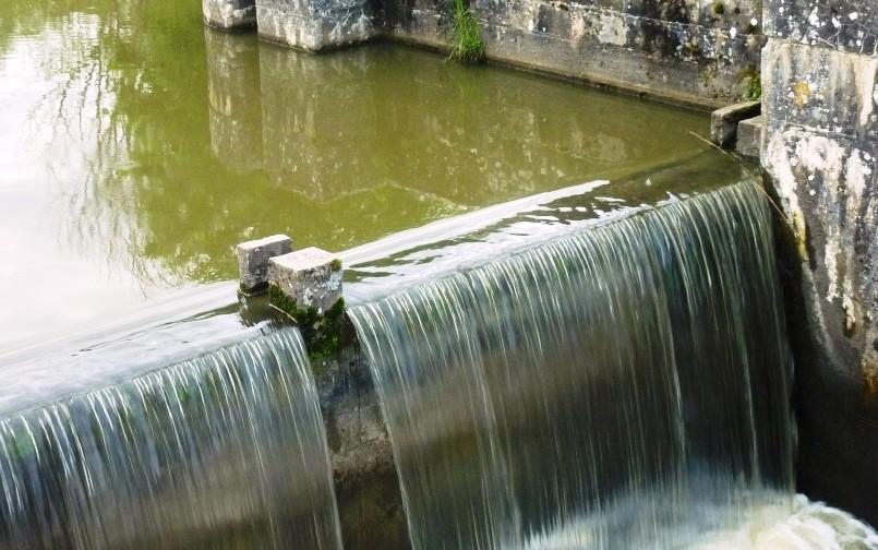 le canal d'Orléans - Au Bout des Pieds