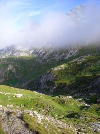 Vanoise : vallon de l'Arcelin, en descendant vers Pralognan - AU BOUT DES PIEDS