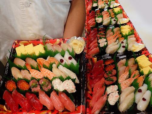 中央区湊 寿司 出前