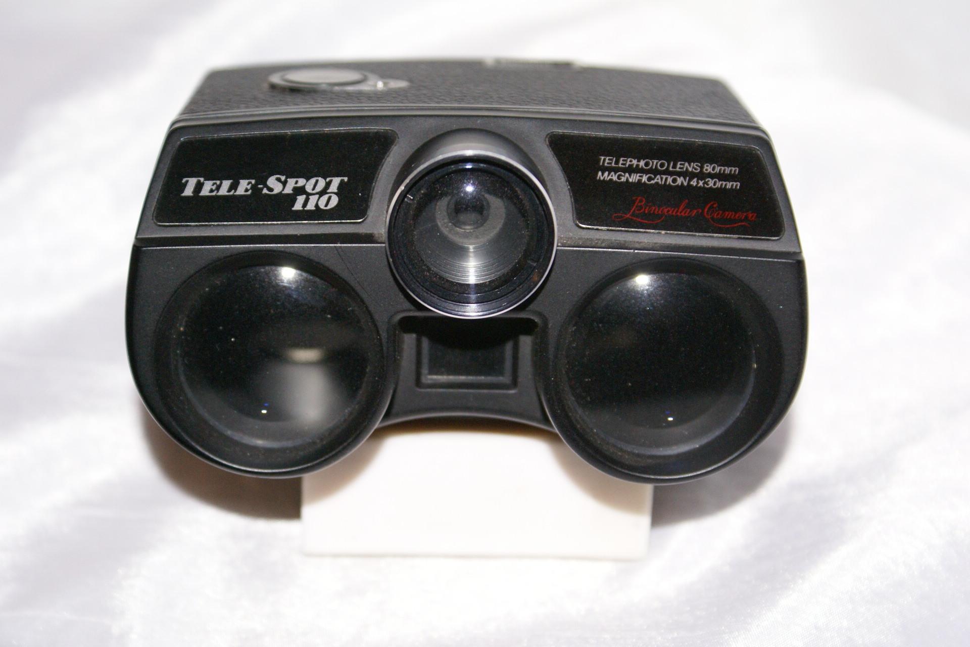 Appareil photographique Jumelles : TELESPOT 110 de 1974