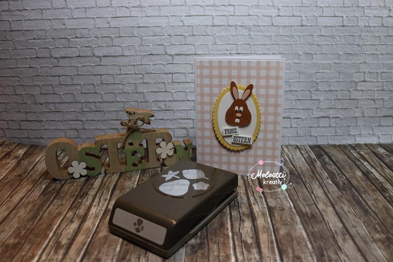 Osterkarte mit Osterhasenkopf aus der Erdbeerstanze