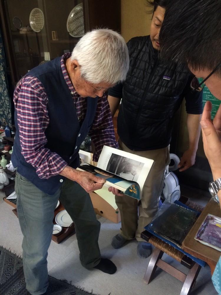 ご縁あって、椿窯の荒尾先生にお会いしました。  写真家の木村伊兵衛の助手をされていた方で、色々なエピソードを聴かせて頂きました☺︎✨ 凄く嬉しいです‼︎
