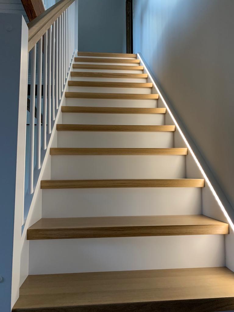 Treppe beleuchtet