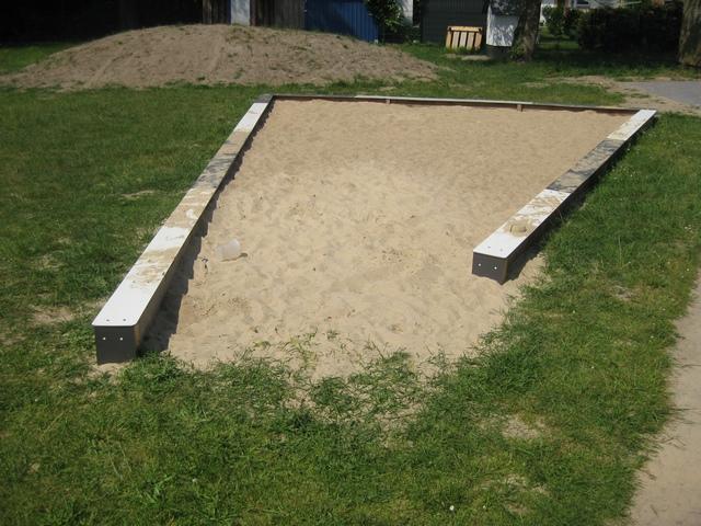 Sandkiste für den U3-Bereich
