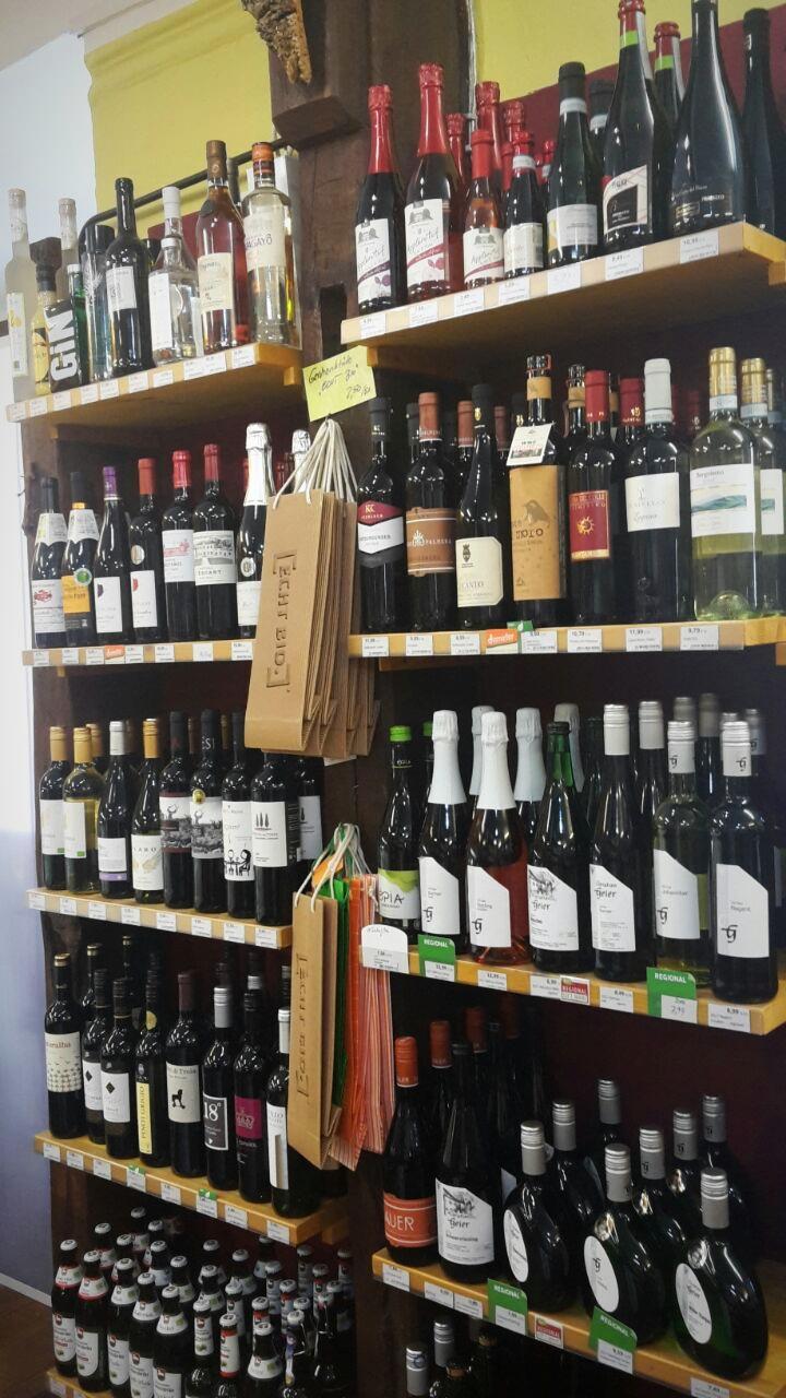 100% Bio-Weine und Biere, regional