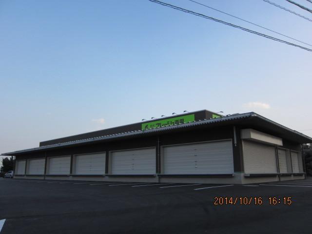 定温倉庫:遮熱(天井・壁・床)施工