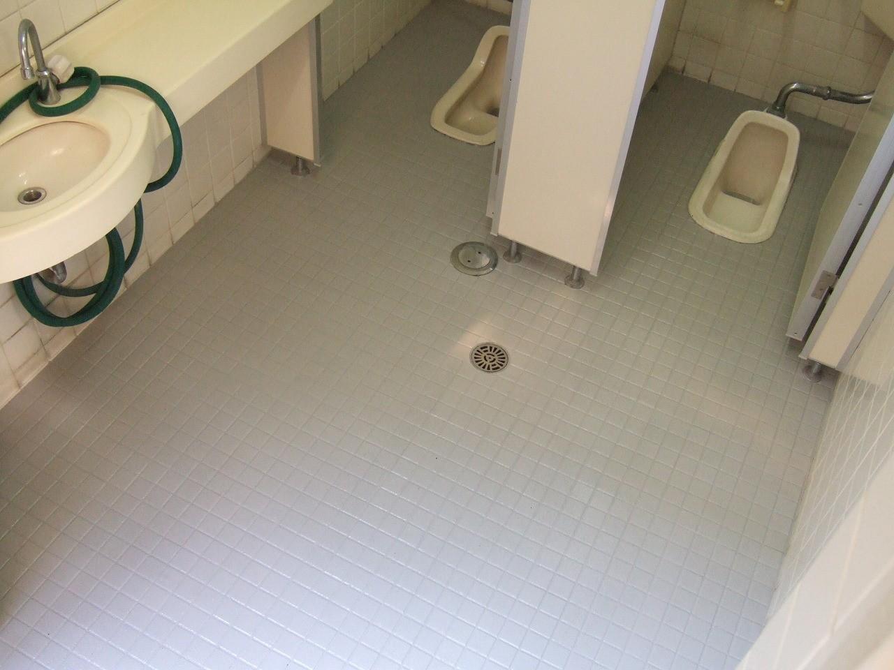 SREM(スレム)工法なら珪砂の働きで床面が濡れても安心に
