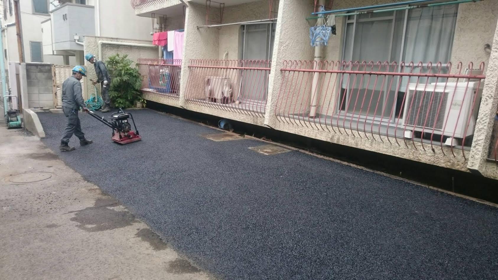 施工内容:ブロック解体撤去・桝調整・ブロック加工・舗装工・車止め石・白線