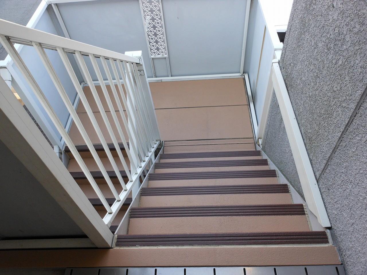 SREM(スレム)施工することにより、居住者の安全を守ります