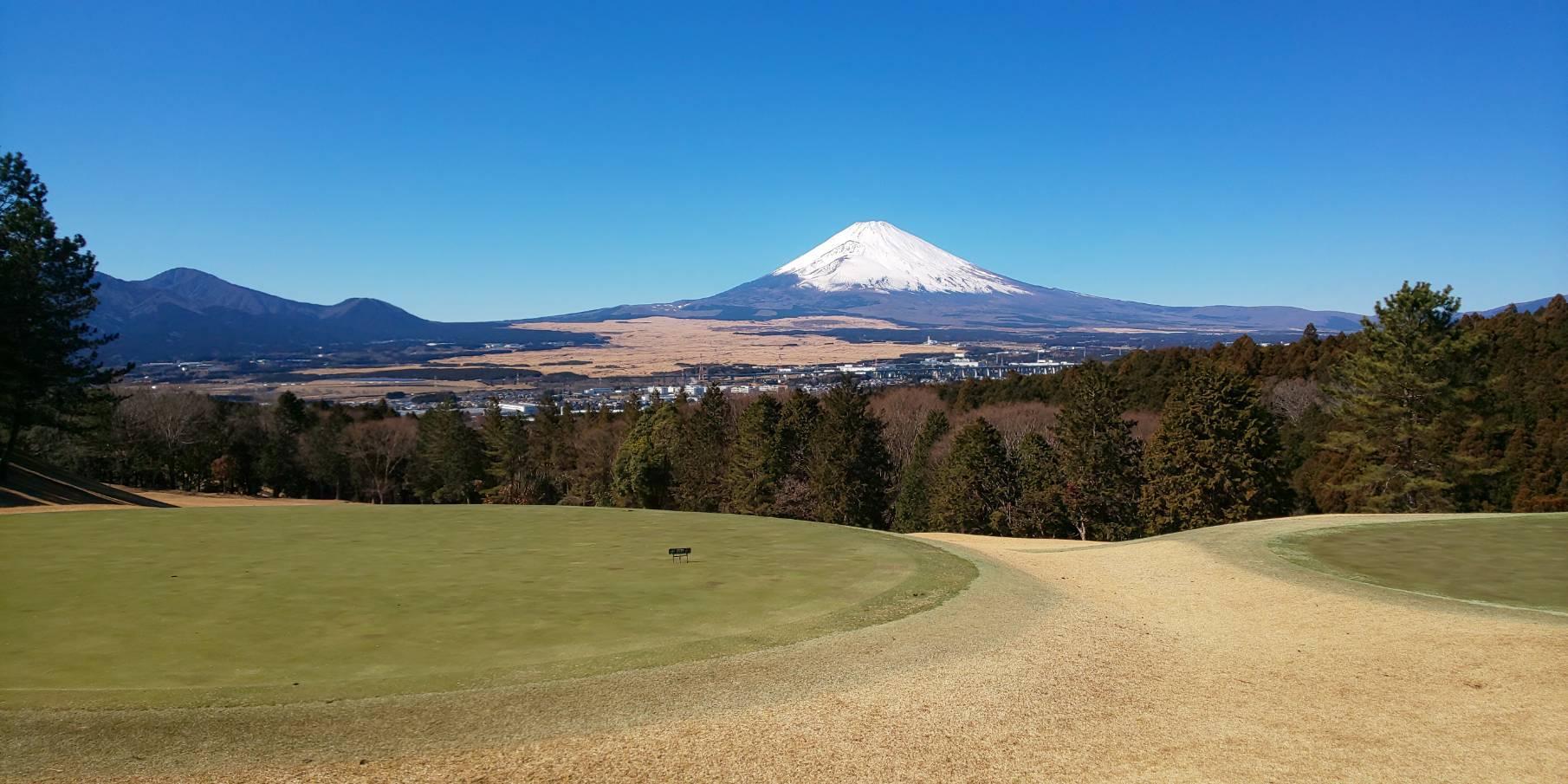 富士山絶景とゴルフプレーを楽しんで来ました♪
