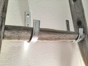 staffe per scala a pioli a soppalco, hooks for wall ladder