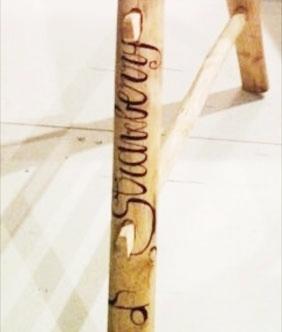 Scala in legno con decorazioni artistiche - wood ladder with brush lettering for home decor