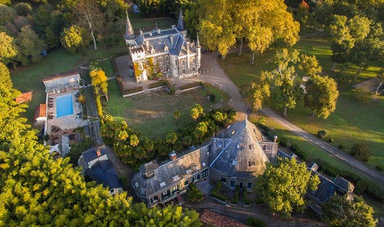 Gîtes et Château au Domaine Belle Epoque à Linxe 40
