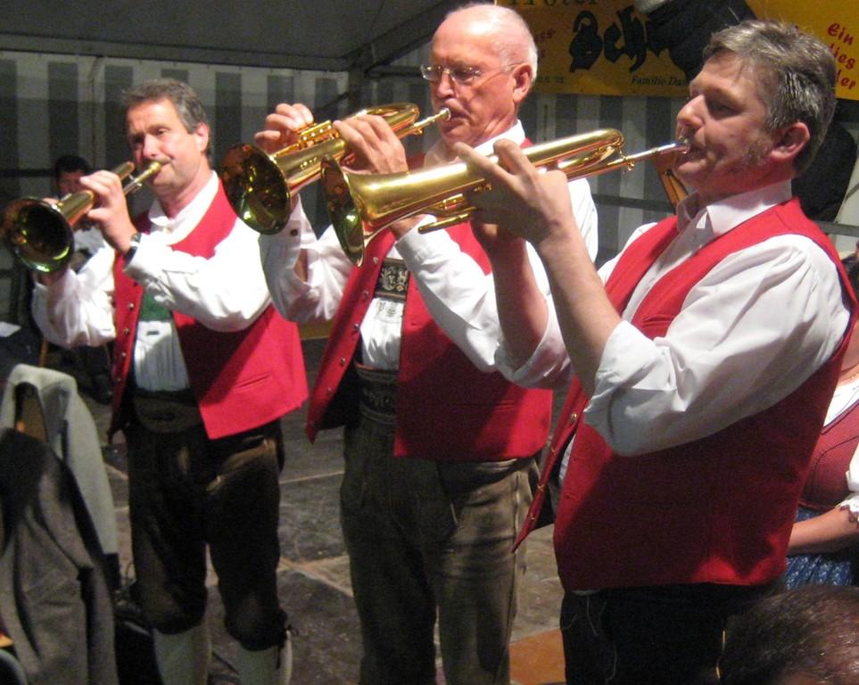 Peter Moser und die Tiroler Kirchtagsmusig