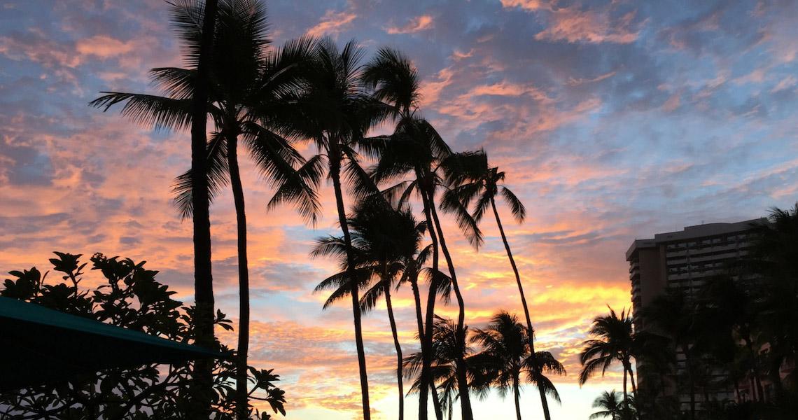 Sunset at Duke's mit Blick auf Diamond Head