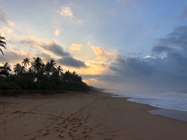 Strand im Südwesten von Sri Lanka