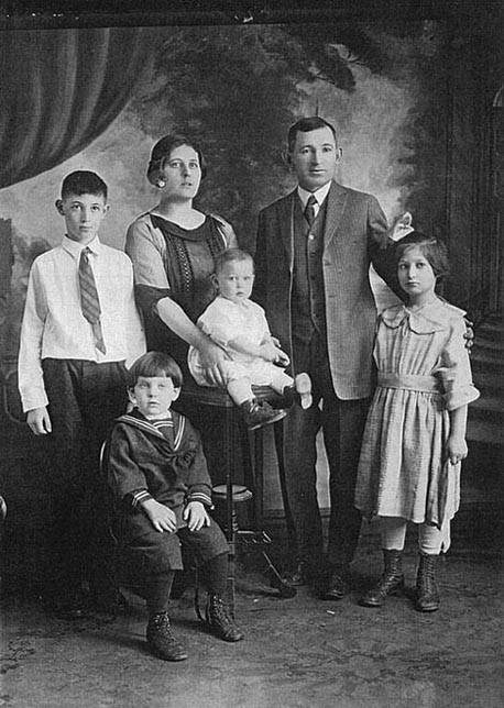 Rothbort Family Portrait, 1923