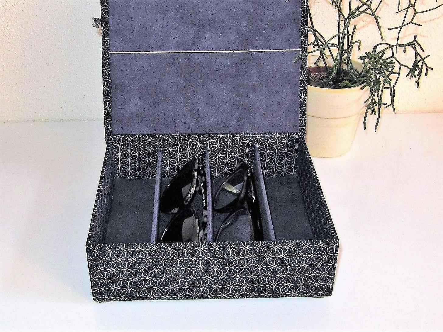 mittlere Boxen mit Fächern für Uhren / Brillen