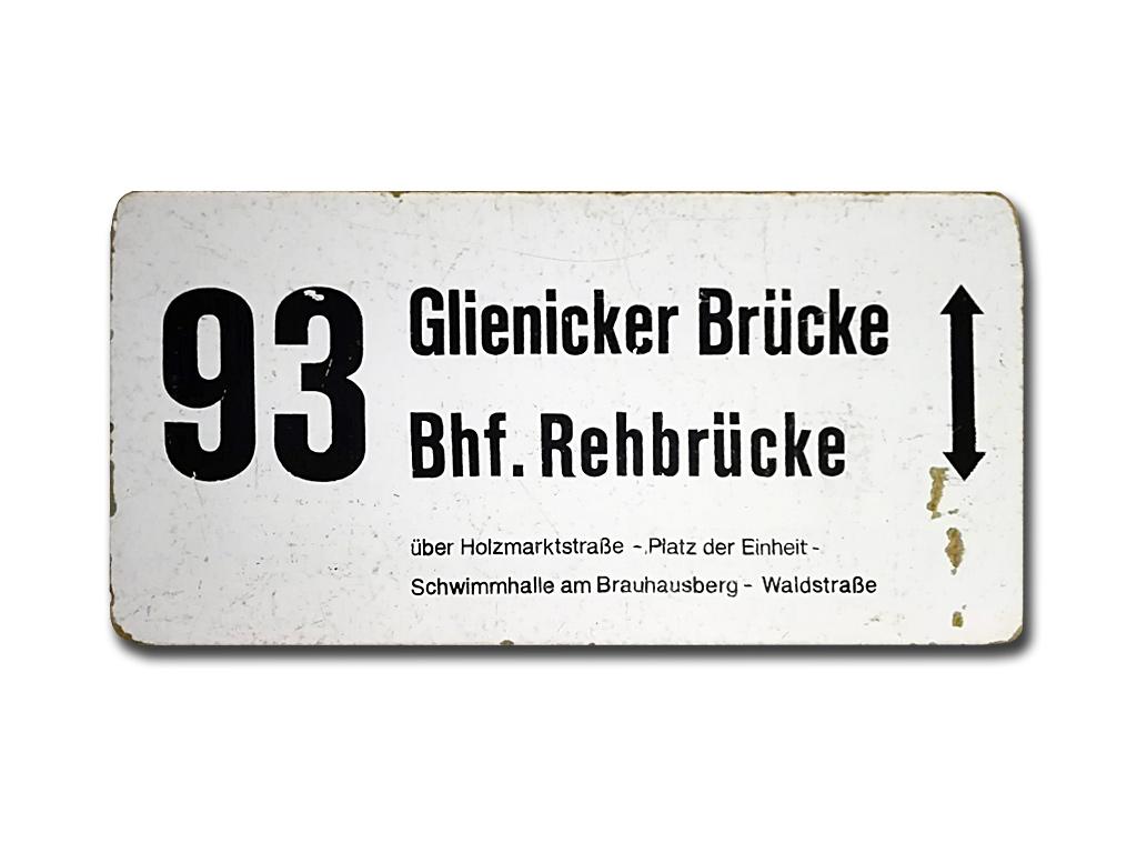 Schild der Linie 93 um 1995