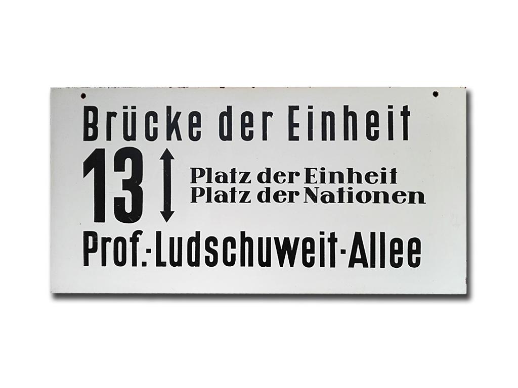 Schild der Linie 13 um 1975