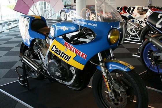 1981年モリワキモンスターZ1第4回鈴鹿8耐ポールポジション獲得