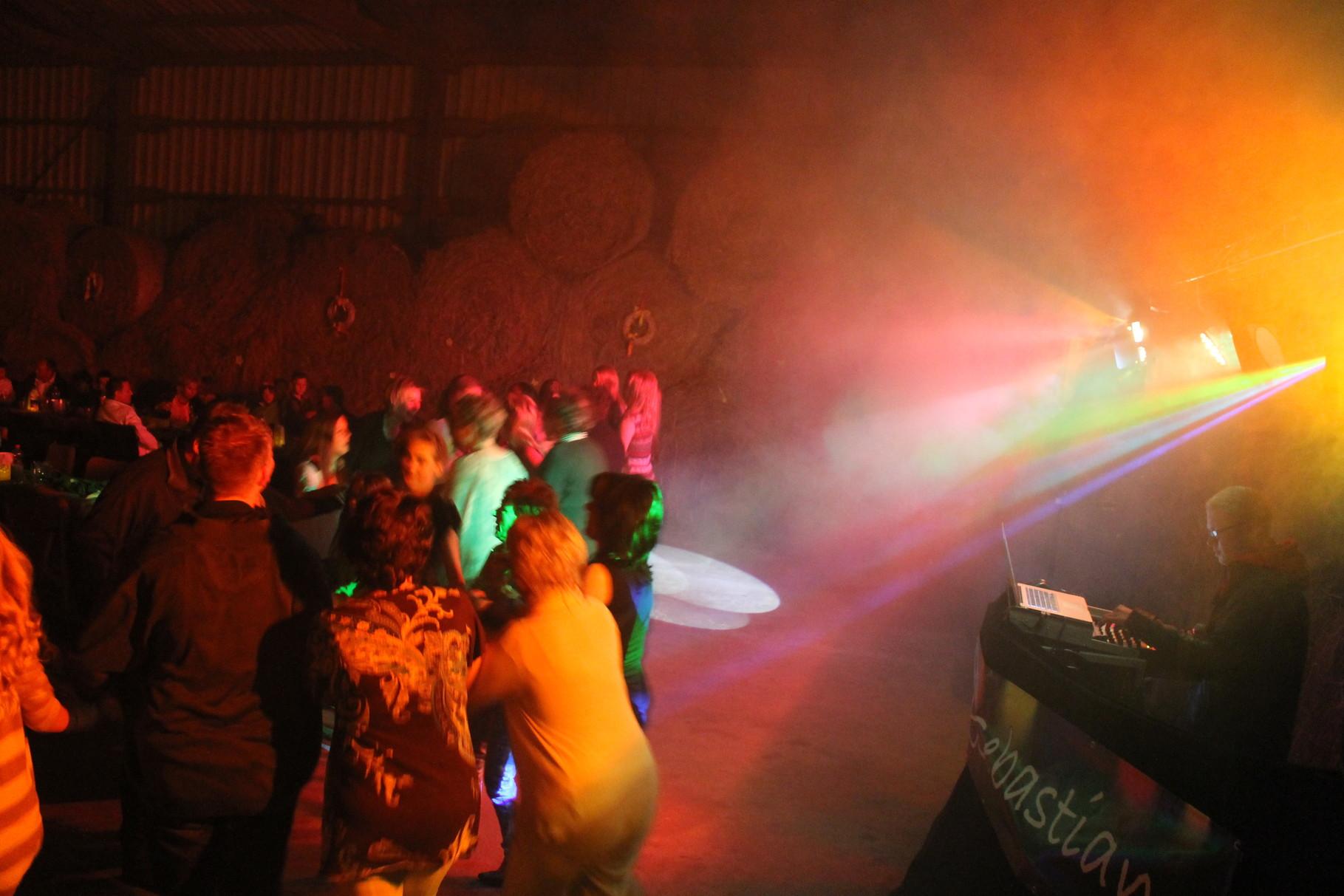 So könnte das Licht und die Stimmung auf Ihrer Party aussehen.