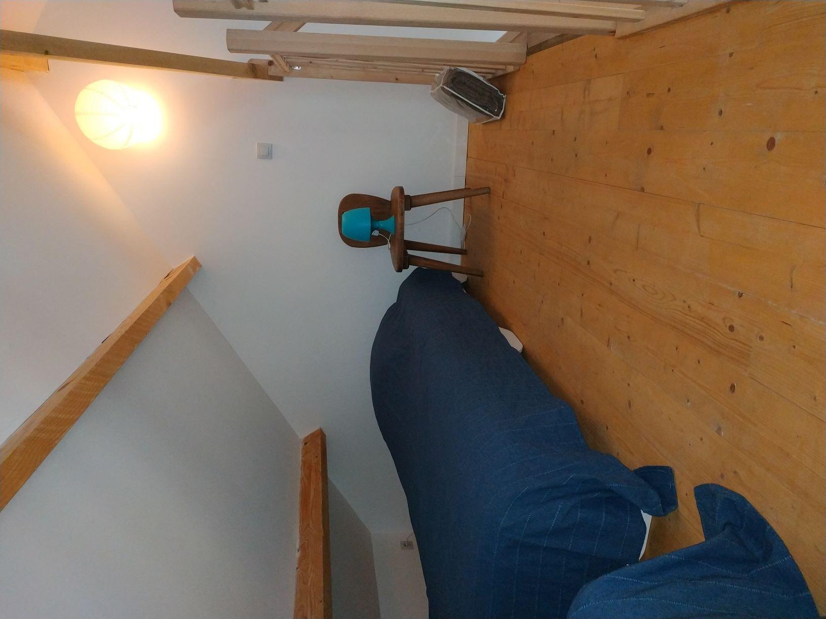 lit simple en mezzanine