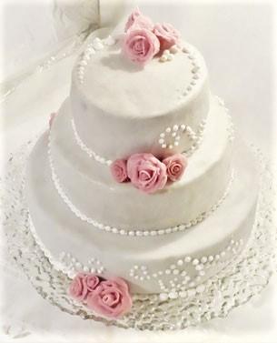 Hochzeitstorte mit Rosen Royal icing