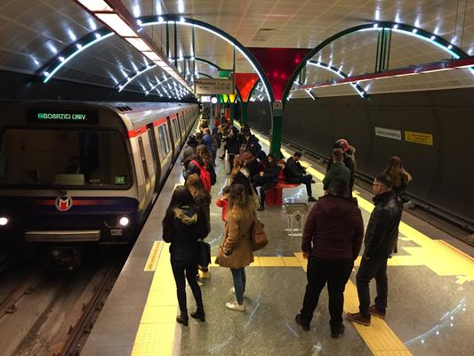 İstanbul  2015年開業の地下鉄