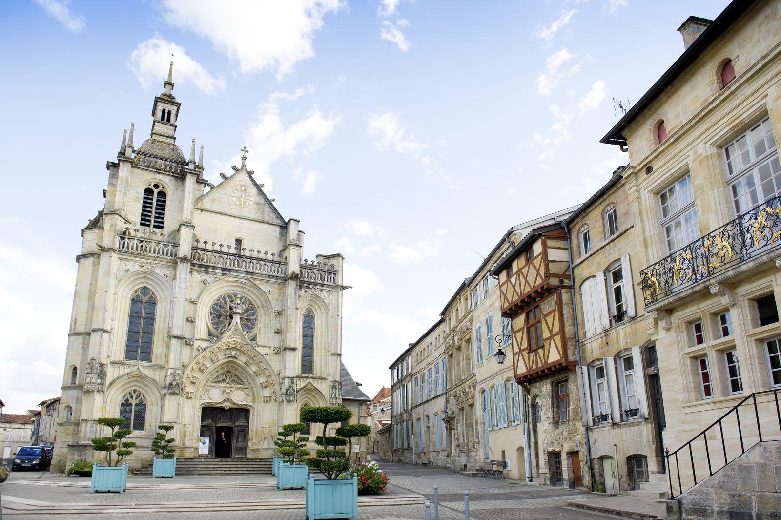 Eglise Saint-Etienne - Place Saint-Pierre - Quartier Renaissance - Bar-le-Duc