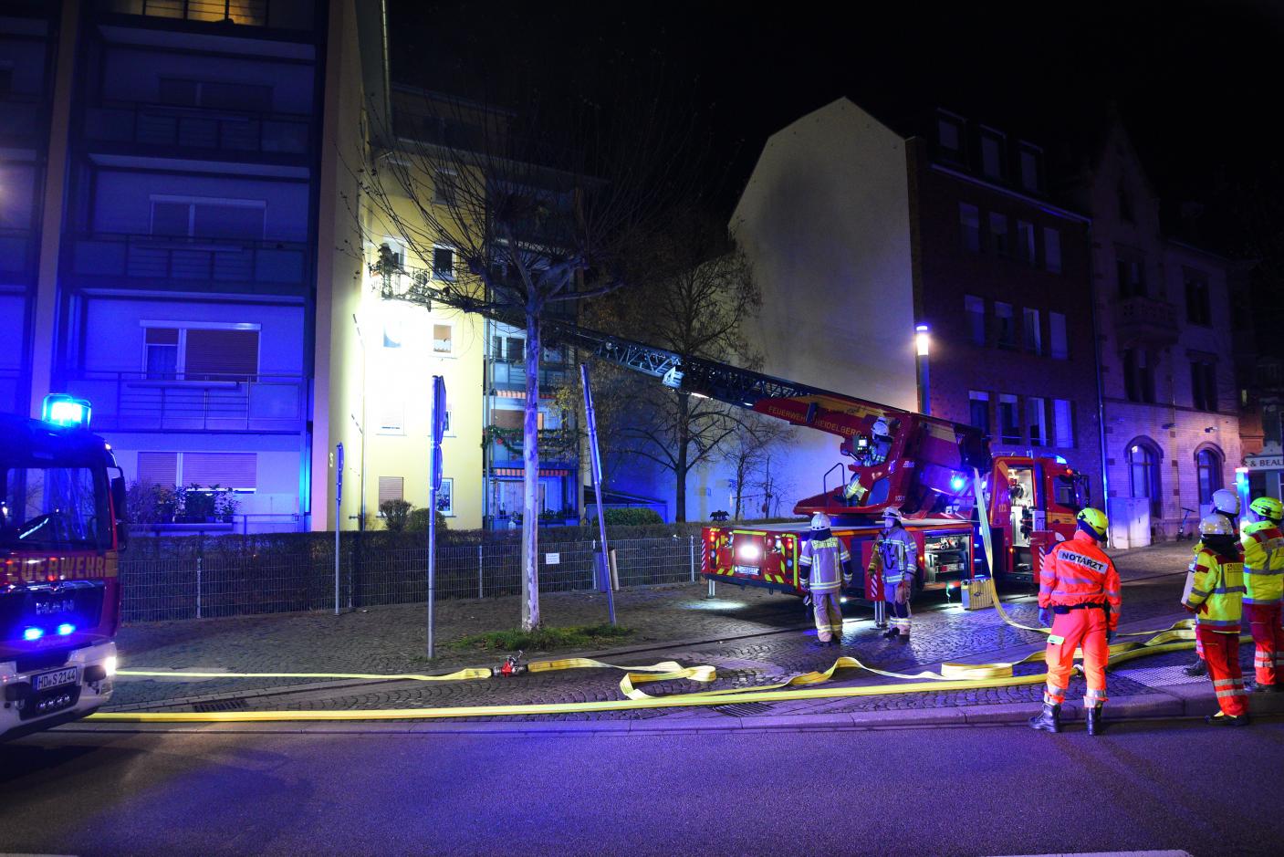 Heidelberg-Rohrbach: Wohnungsbrand in Mehrfamilienhaus