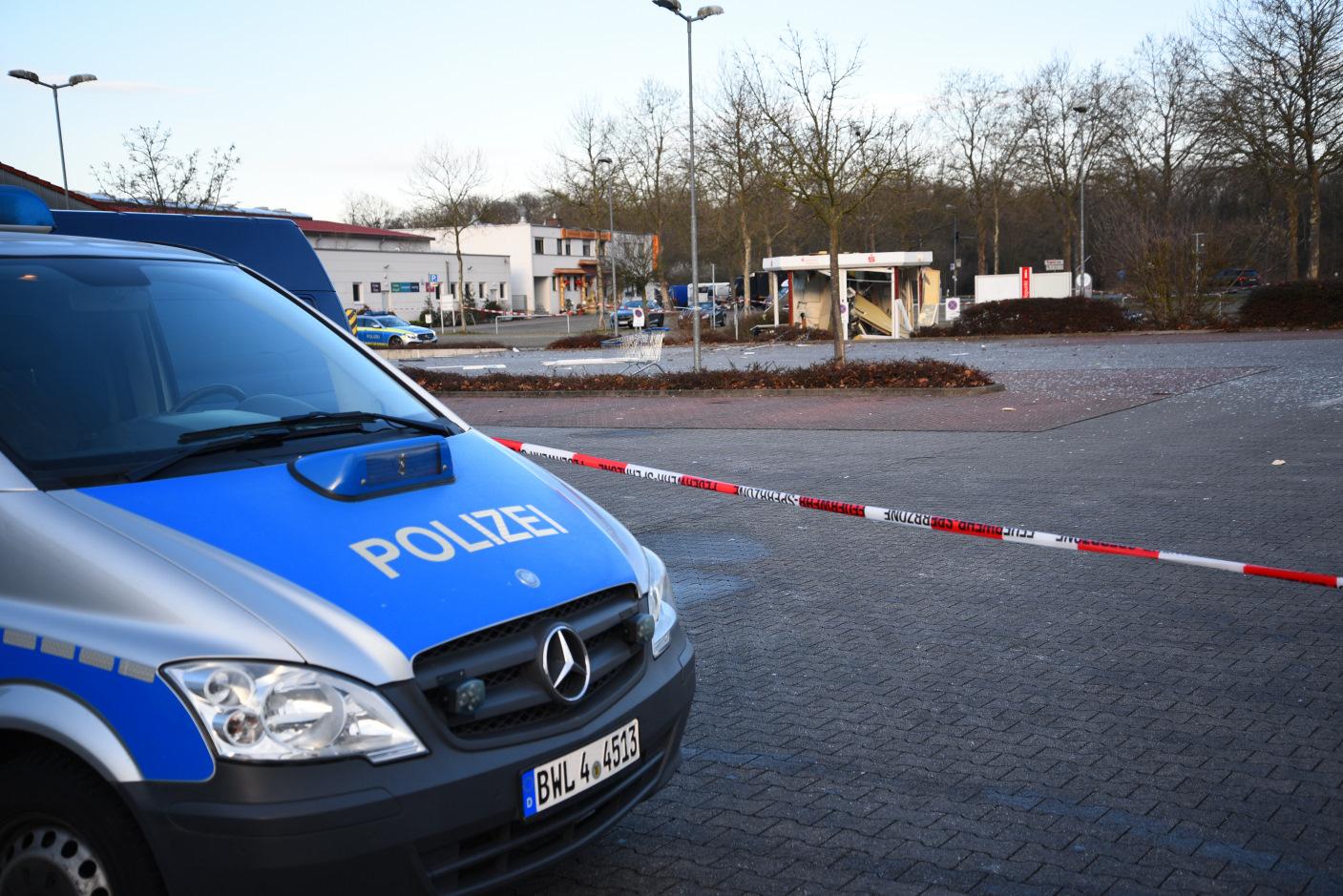 Schwetzingen: Sprengung zweier Geldautomaten - Zeugen dringend gesucht