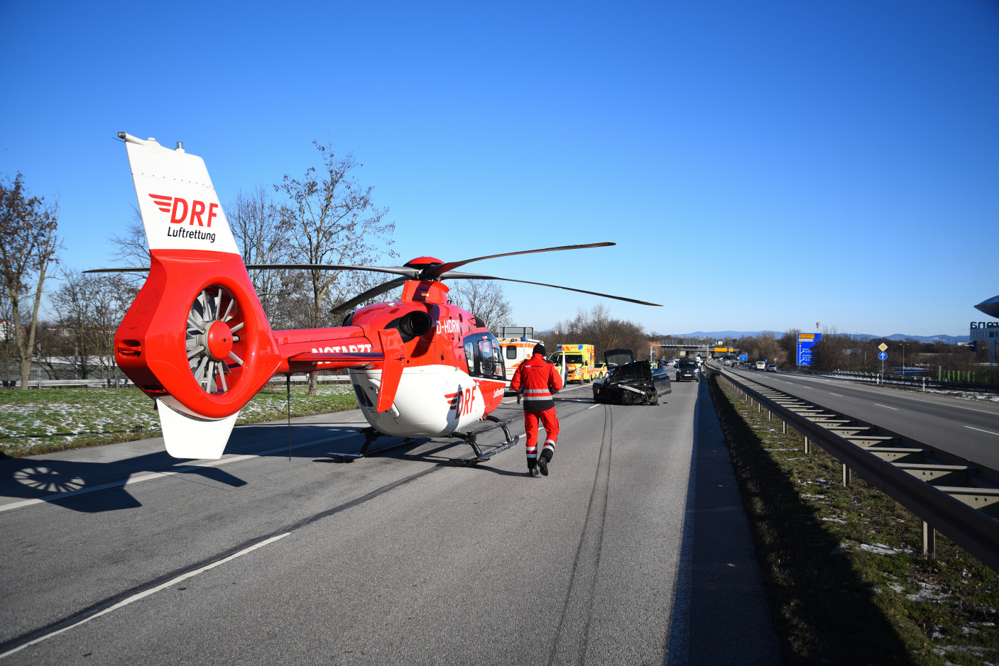 Mannheim: Schwerer Verkehrsunfall auf der B 38