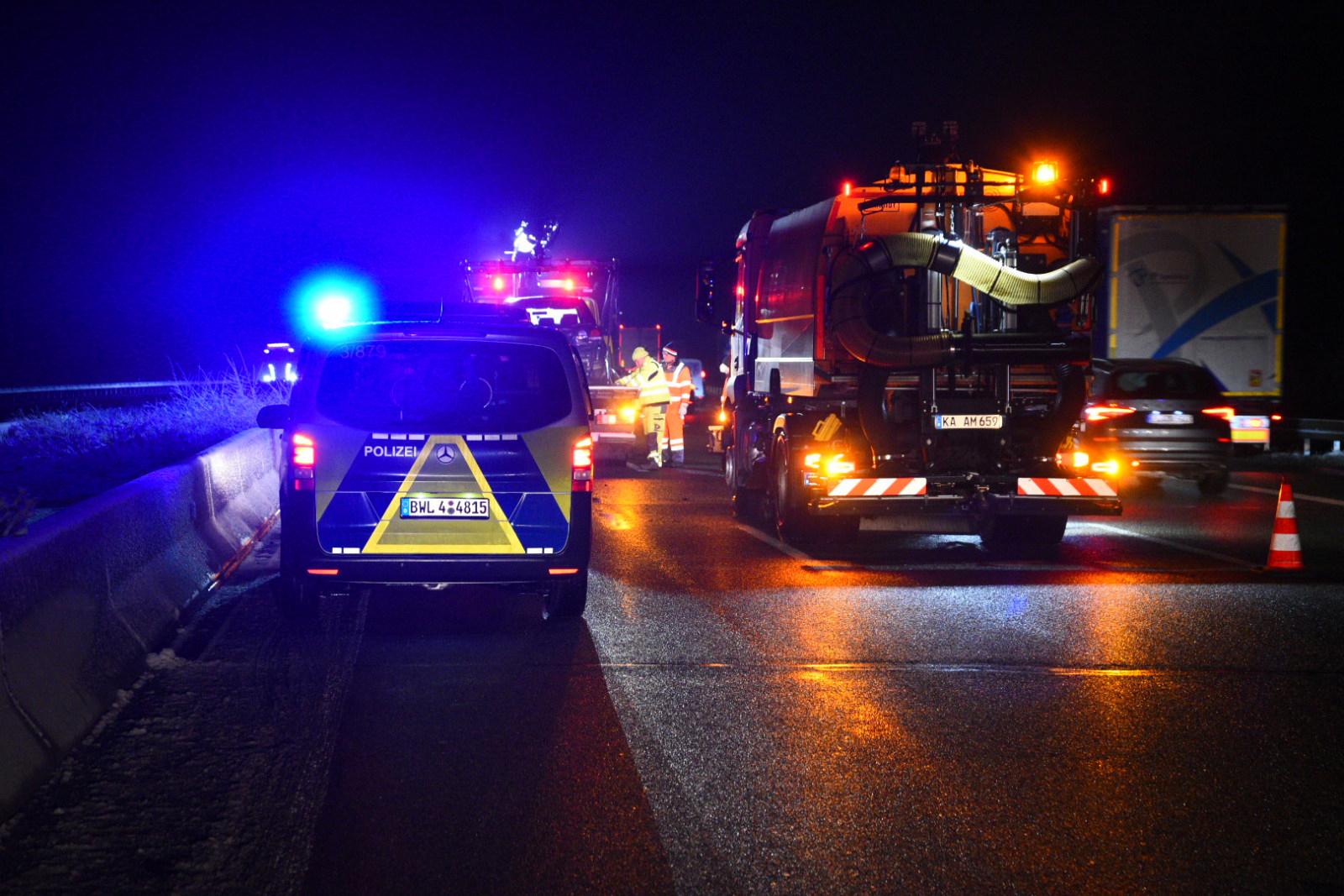 Gem. St. Leon-Rot/A 6: Unfall auf glatter Fahrbahn - Stau im Frühverkehr