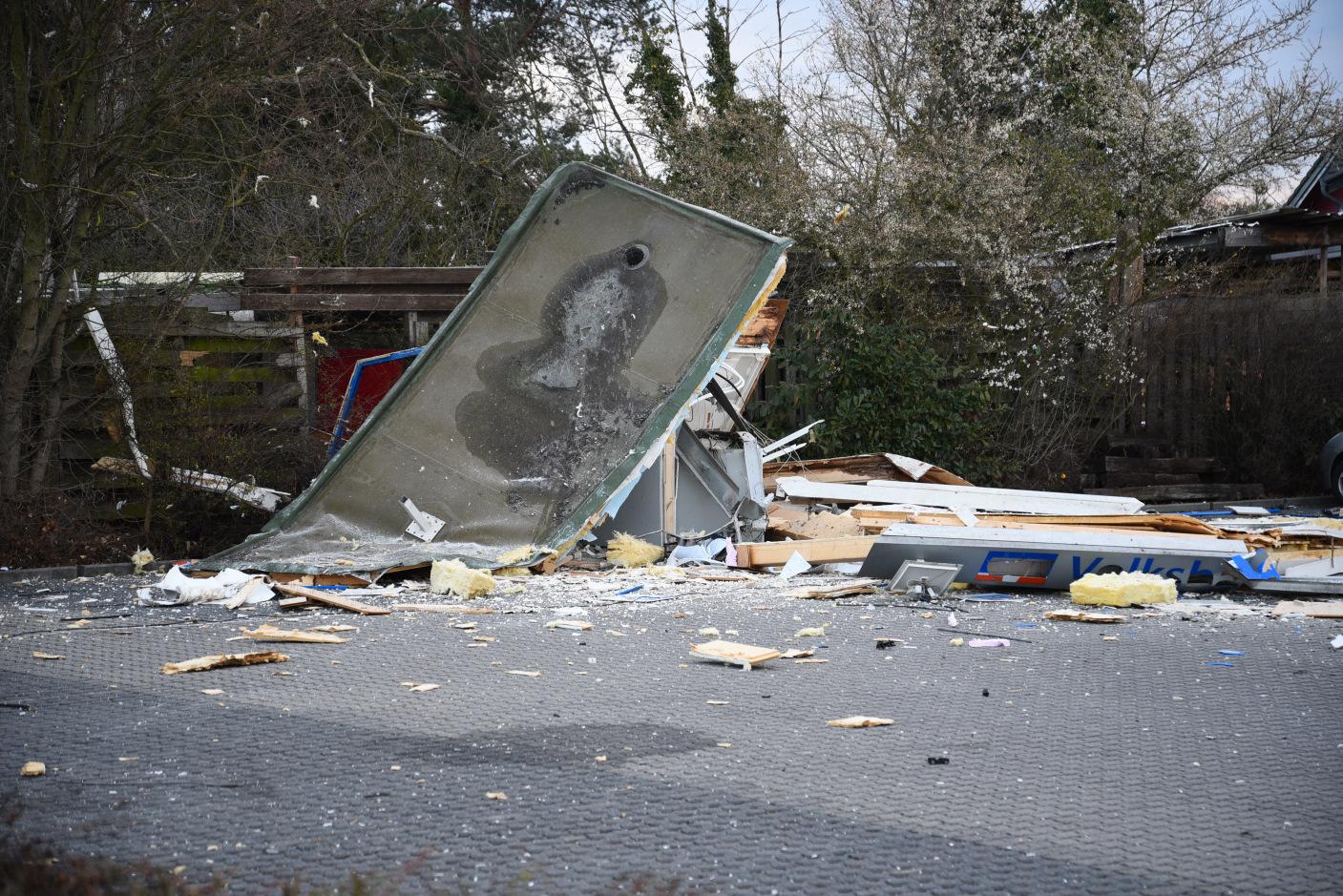 Schwetzingen: Sprengung zweier Geldautomaten - weitere Zeugen dringend gesucht