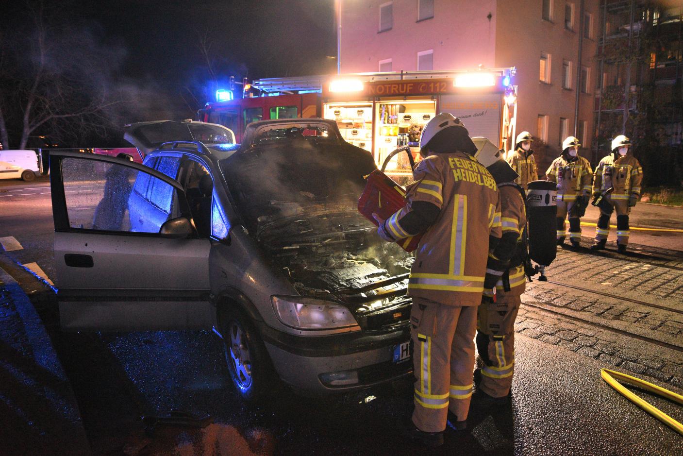 Heidelberg: Vollbrand eines Pkw - Totalschaden