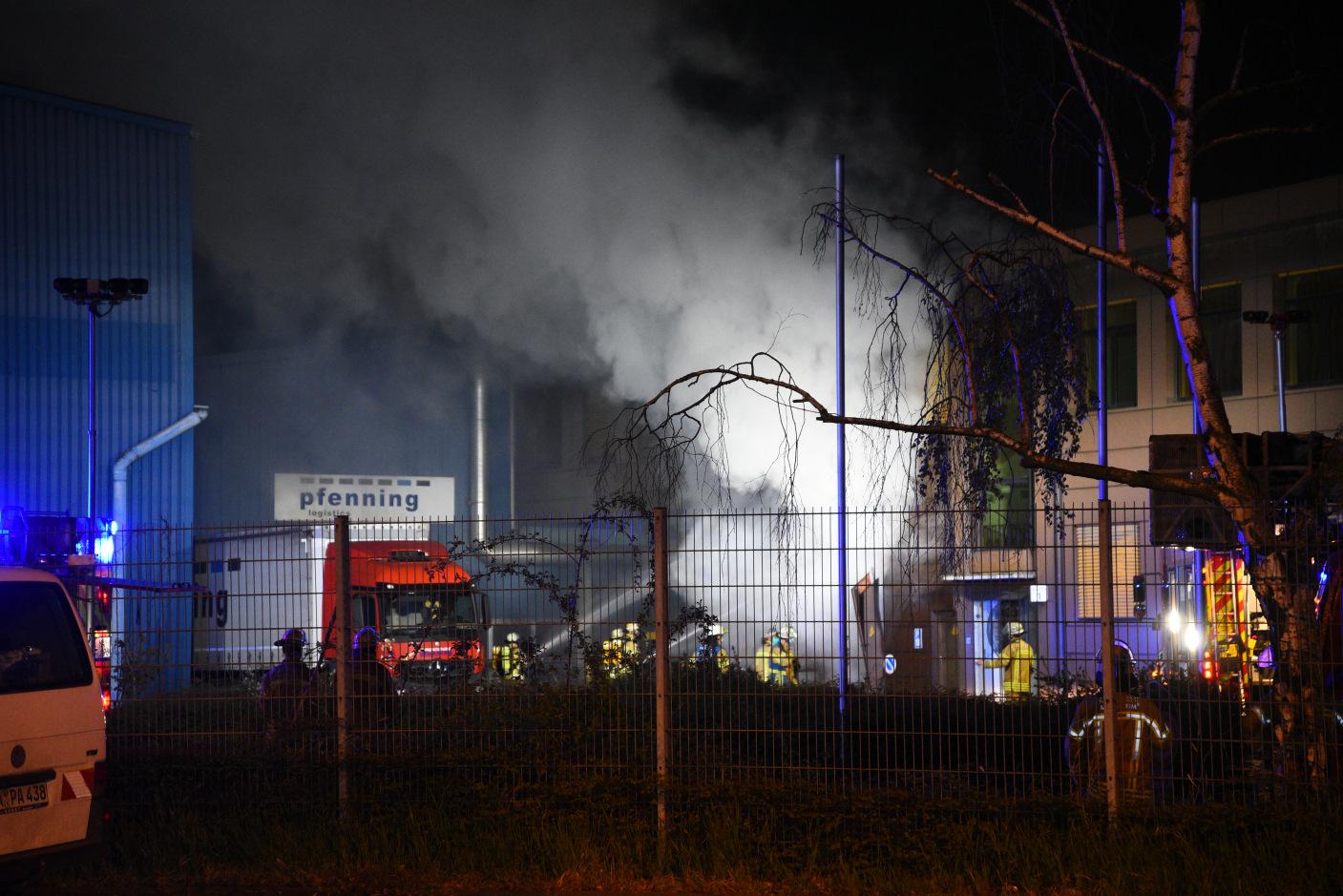 Mannheim: Trafostation geht in Flammen auf - Hoher Sachschaden