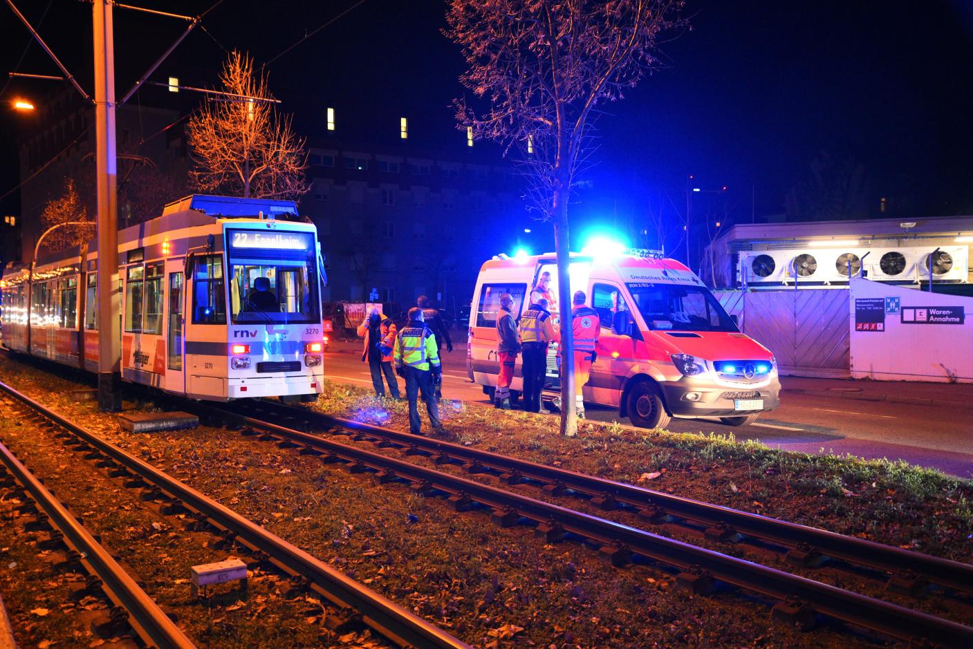 Heidelberg: Fußgänger von Straßenbahn erfasst und schwer verletzt