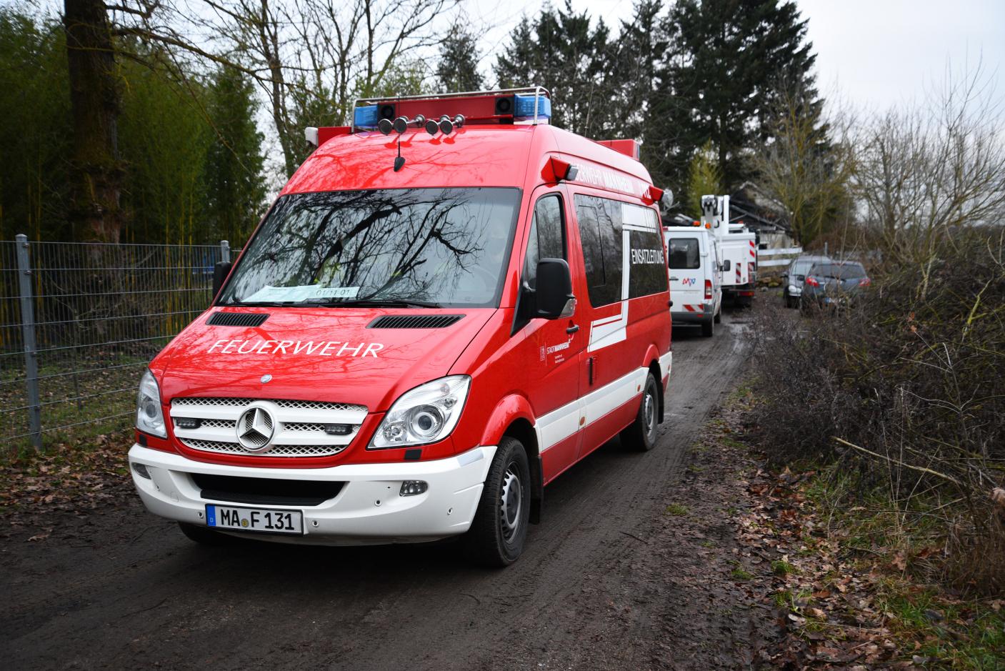 Mannheim/Käfertal: Gebäudebrand verursacht ca. 200 000,- Euro Sachschaden