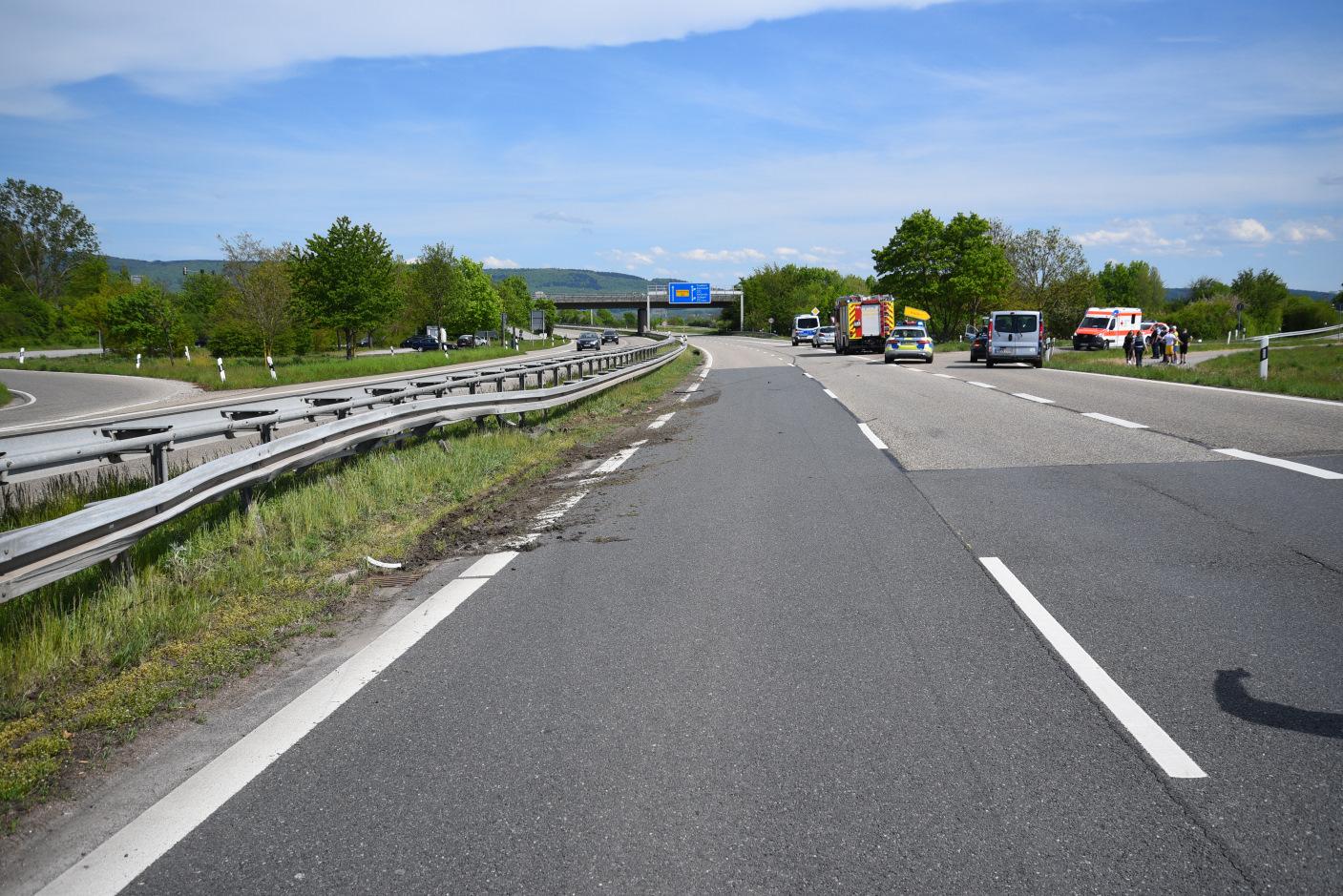 Heidelberg/B535: Handy benutzt - Pkw kommt alleinbeteiligt von Fahrbahn ab