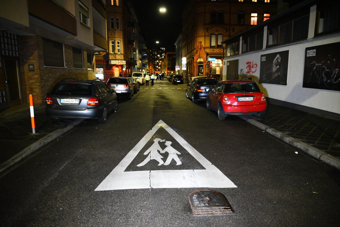 Mannheim-Innenstadt: Vorfahrt missachtet - sechs Fahrzeuge beschädigt - zwei Personen leicht verletzt