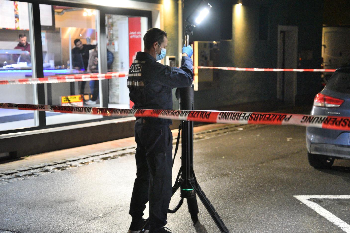 Eppelheim:  Auseinandersetzung vor Imbiss - 30-jähriger durch Messerstich verletzt
